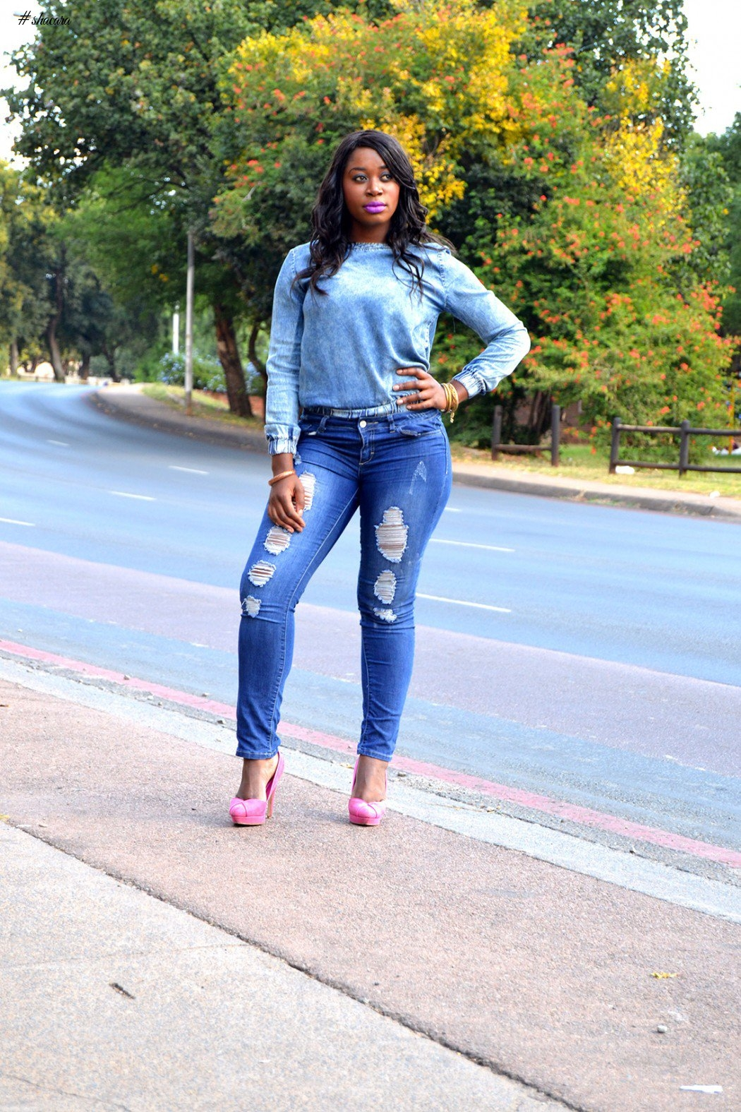 DESTRESS WITH DISTRESSED JEANS