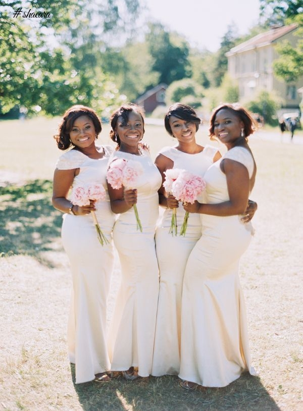 BRIDESMAIDS ROCK WHITE