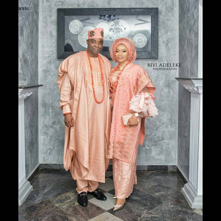 LOVELY TRADITIONAL COORDINATED STYLES FOR COUPLES