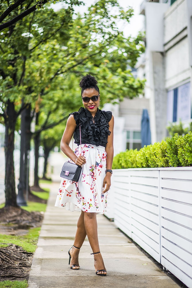 LOOK OF THE DAY: TITI'S PASSION-FLORAL FOR JUNE