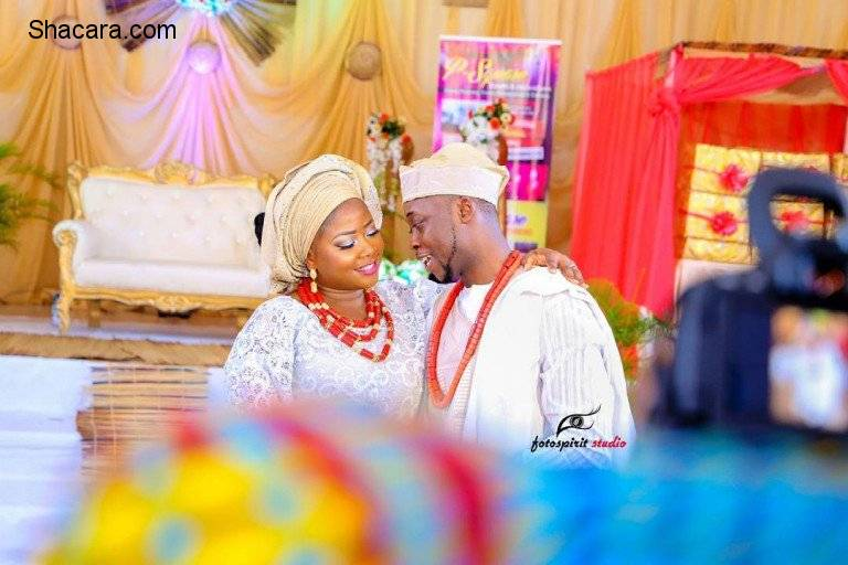 THE TRADITIONAL WEDDING LOOKBOOK OF BOLANLE AND DAMOLA